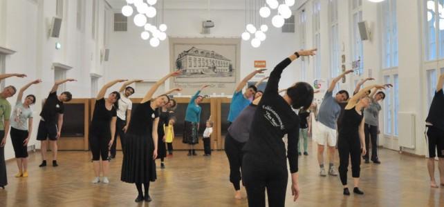 Tanz & Bewegung im neuen Semester? Volkstanzkurs für alle!
